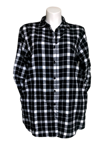 Plaid pocketed flannel big shirt in black and white