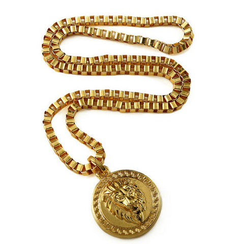 Round Lion Pendant Chain Necklace Full View
