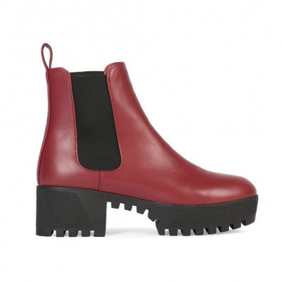 Cleated Chelsea Boots Burgundy