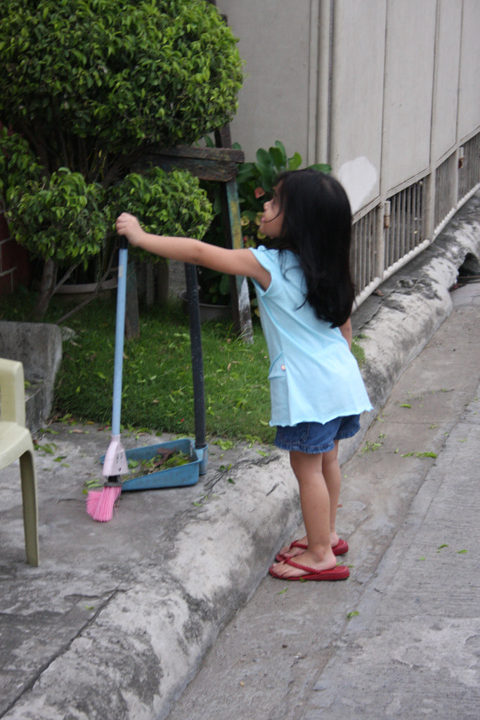 Teach Your Kids Responsibility through Age-Appropriate Chores