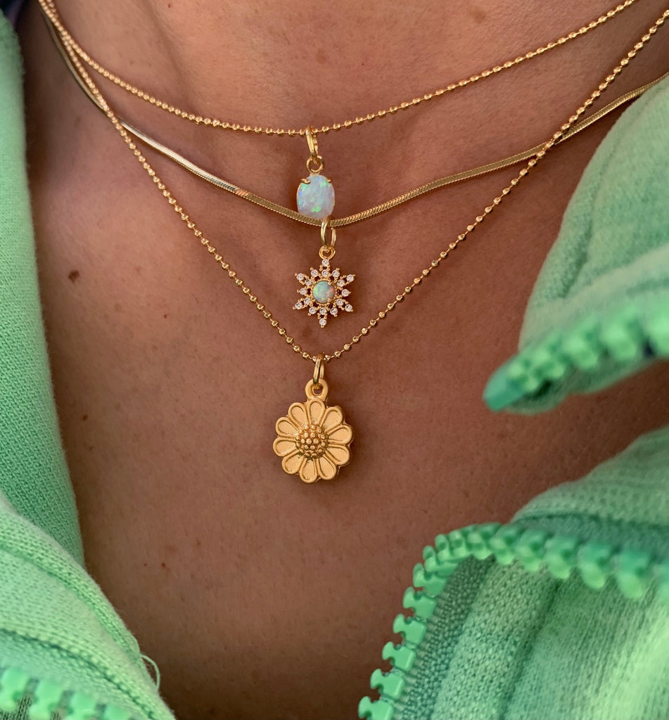 Golden Daisy Necklace