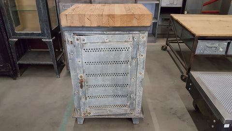 Industrial Metal Work Cabinet