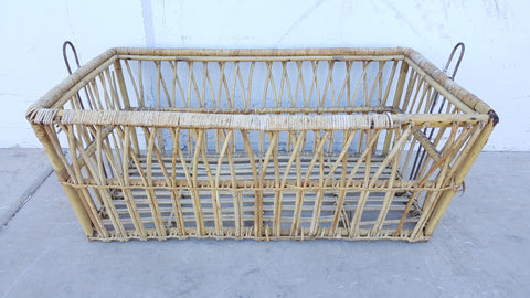Basket, Wicker, open, vintage 4'x2' approx