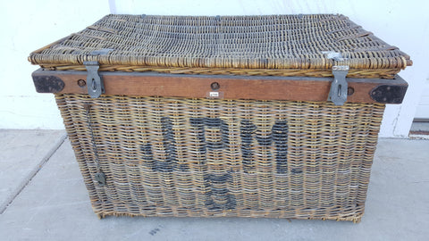 "Basket, wicker, large, enclosed ""JPM"""