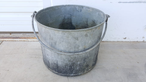Round Bucket with Handles