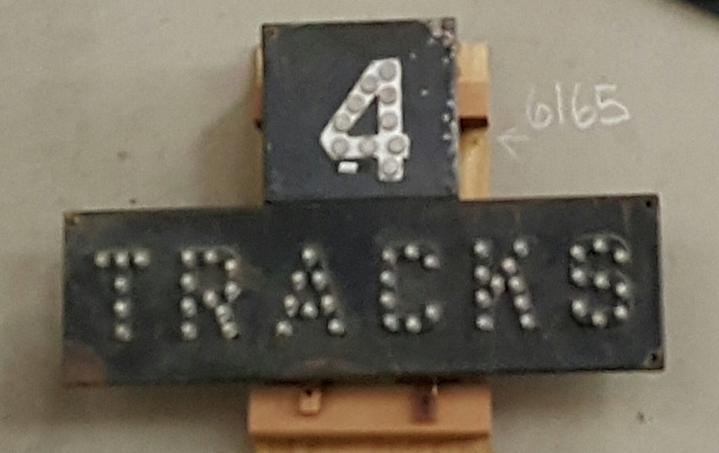 Metal sign, Railroad 4 Tracks