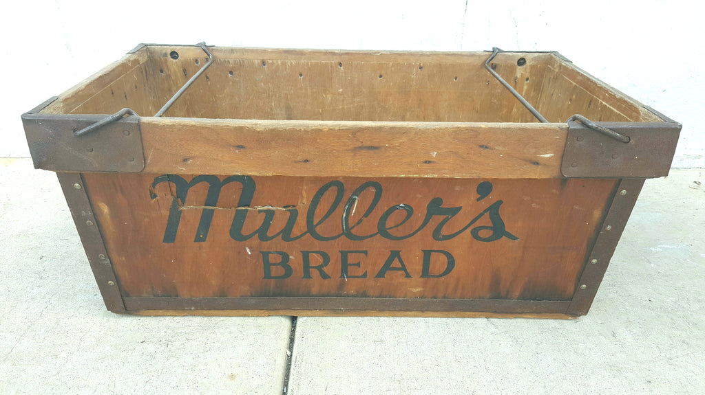 Muller's Bread Crate