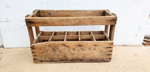 10 Bottle French Wood Wine Caddy