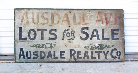 Ausdale Ave Realty Sign