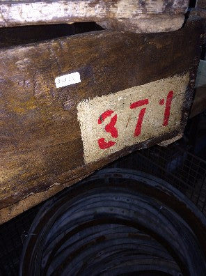 Box, wood, red #'s371
