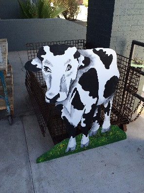 Cow (cut out) Front on view