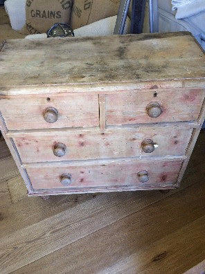 Chest, Pine 3 drawer