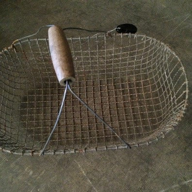 Basket, wire, French with wooden handle