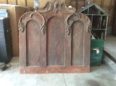 Carved Wooden Triple Arch Piece