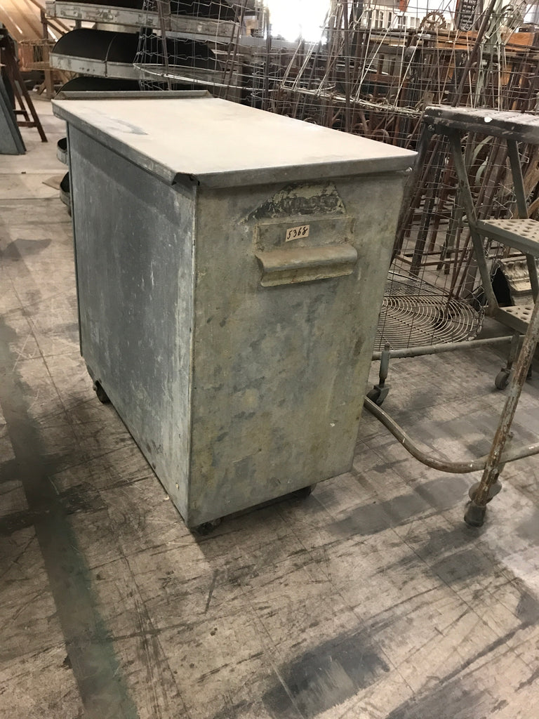 Galvanized Flour Bin with Lid on Casters