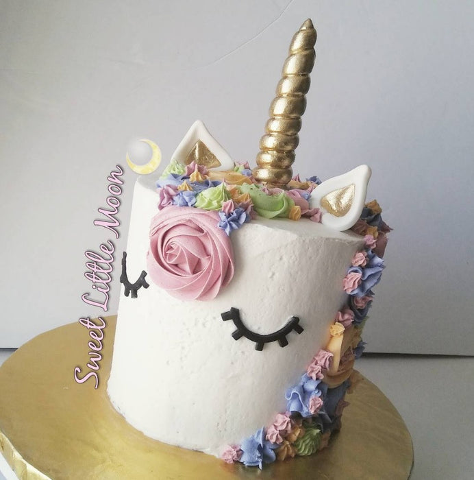 Unicorn Birthday Party Cake And Cupcakes