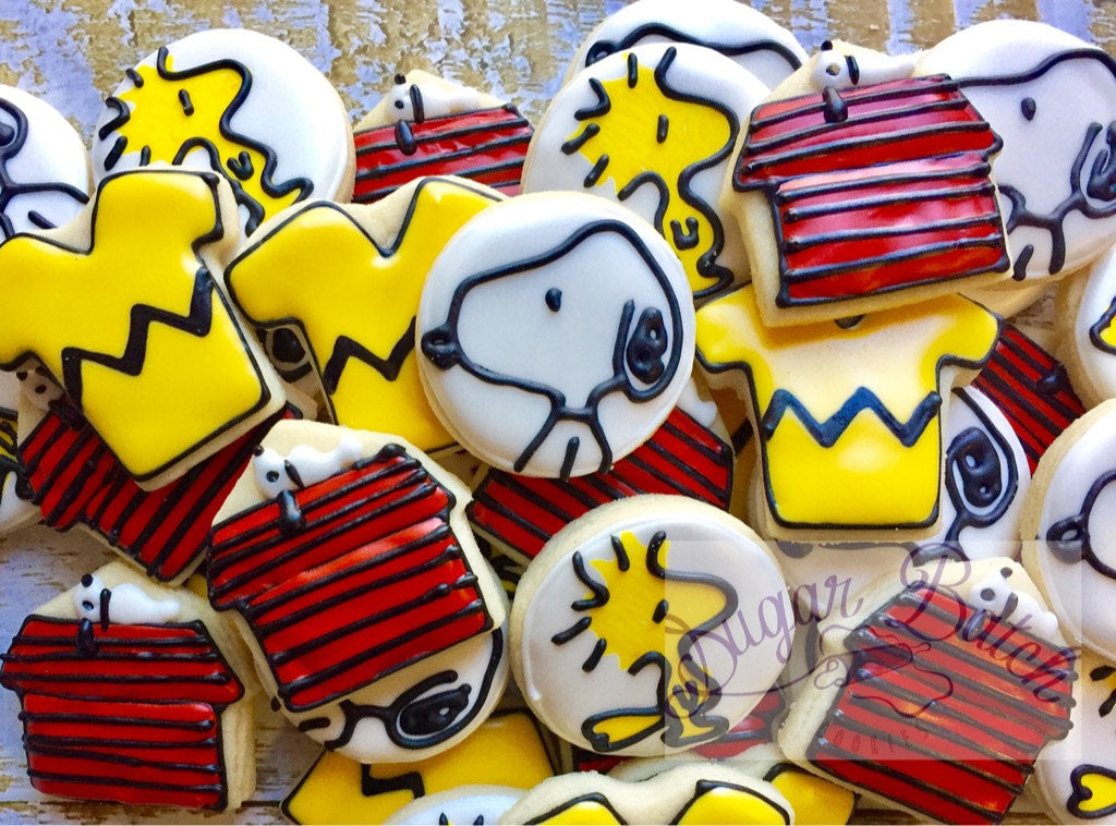 Charlie Brown, Snoopy and Woodstock Birthday Party Sugar Cookies TheIcedSugarCookie.com Sugar Batch Cookies