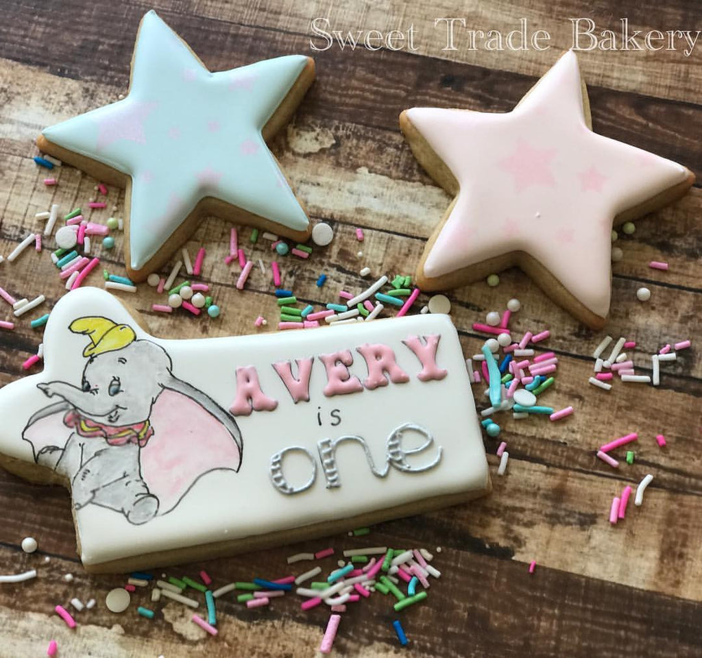 Dumbo Girl First Birthday Party Sugar Cookies TheIcedSugarCookie.com Sweet Trade Bakery