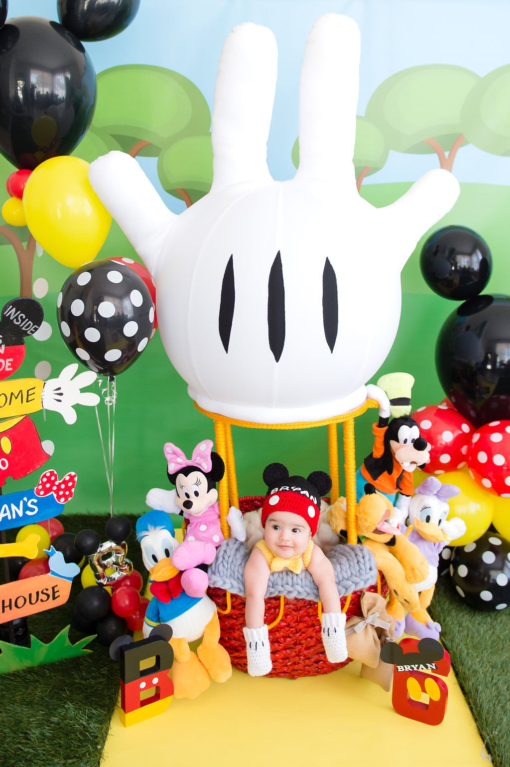 Bryan's Mickey Mouse Clubhouse 6 Month Birthday Party Cakes TheIcedSugarCookie.com Divine Delicacies Cakes, Balloons By Luz Paz, Christy And Co Photography, Bryan Jose Candeau