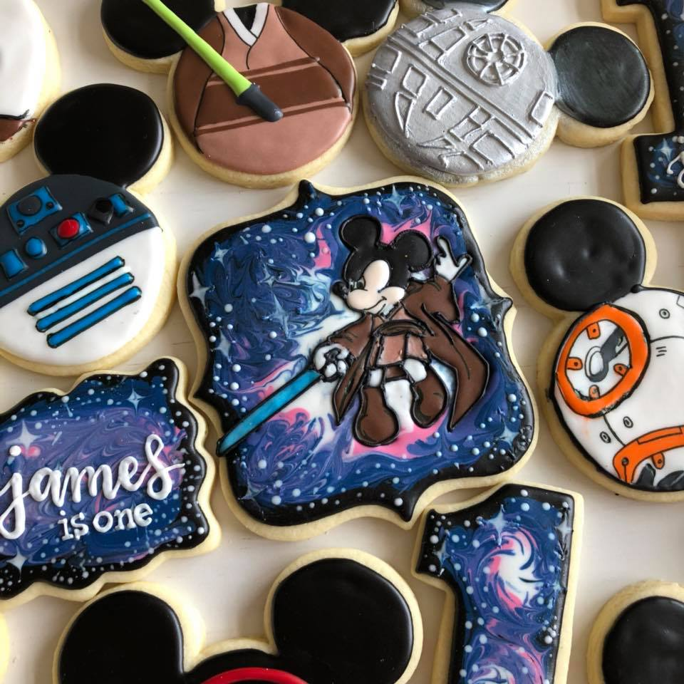 Mickey Mouse Disney Star Wars Galaxy Iced Sugar Cookies by @sarmiesistersweets featured on TheIcedSugarCookie.com #sugarcookies #decoratedcookies #icedsugarcookies #theicedsugarcookie #starwarscookies #mickeymousecookies #galaxycookies #sugarcookies