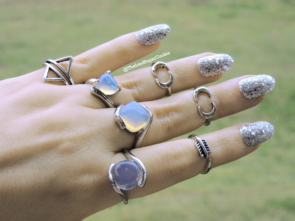 Unicorn Tears Rings Moonstone Opal Color Shifting Ring The Iced Sugar Cookie Jewelry Cheap Midi Knuckle Rings Boho Bohemian Tribal Hipster Hippy Coachella