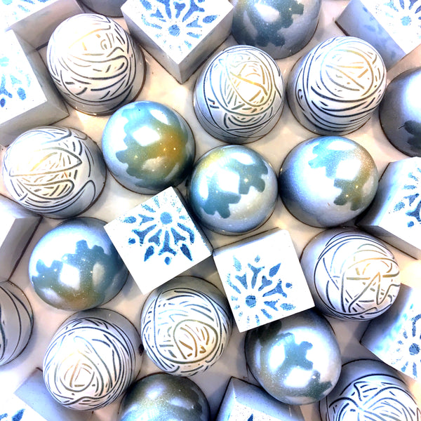 Fifteen piece box - winter caramels