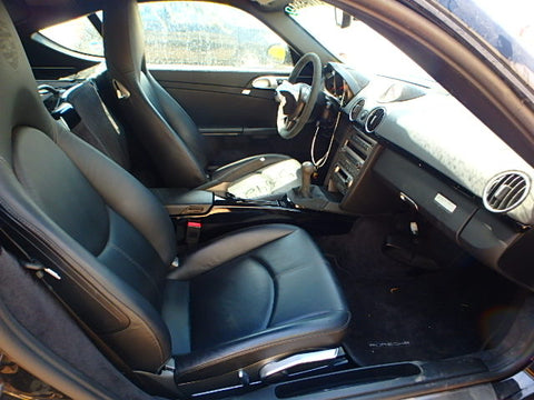 987/997 base Porsche crest/heated seats