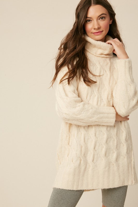 Cable Knit Chunky Sweater Tunic - S / Cream ShopatGrace.com