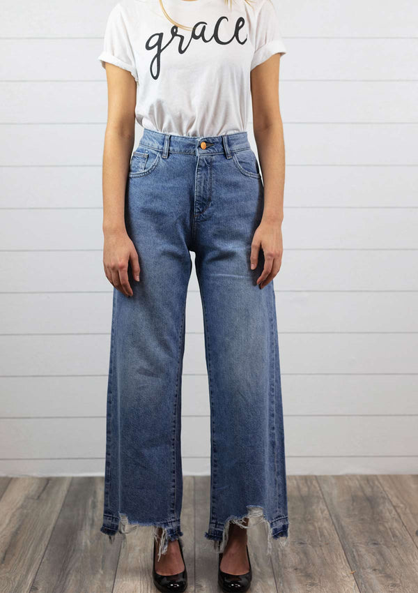 womens medium wash wide leg high waisted denim jeans with raw hem