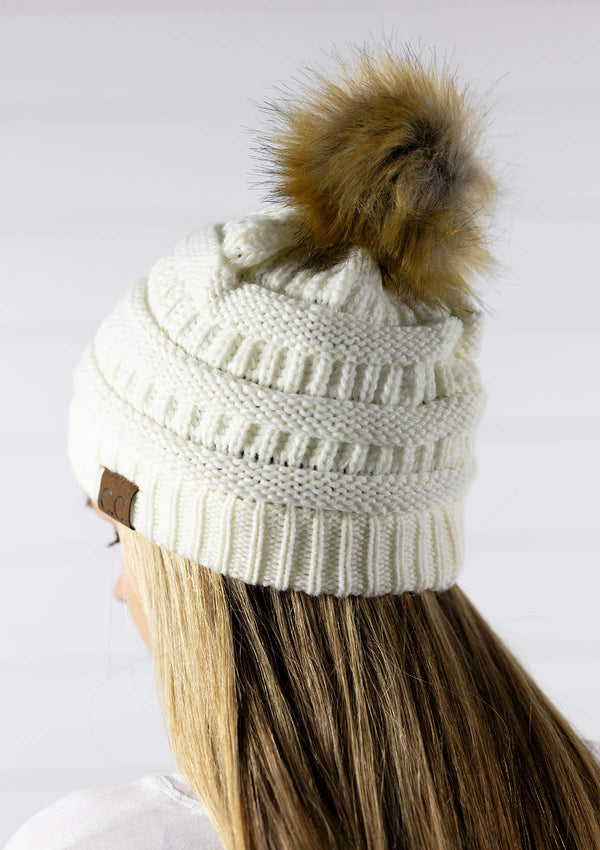 womens thick knit beanie winter hat with faux fur pom pom