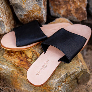 BLACK LEATHER SANDALS - THE FOX AND THE MERMAID
