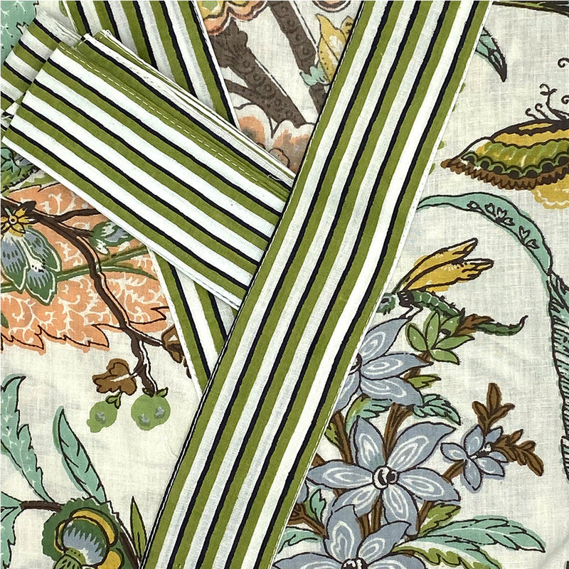 green striped border detail on  robe  - THE FOX AND THE MERMAID