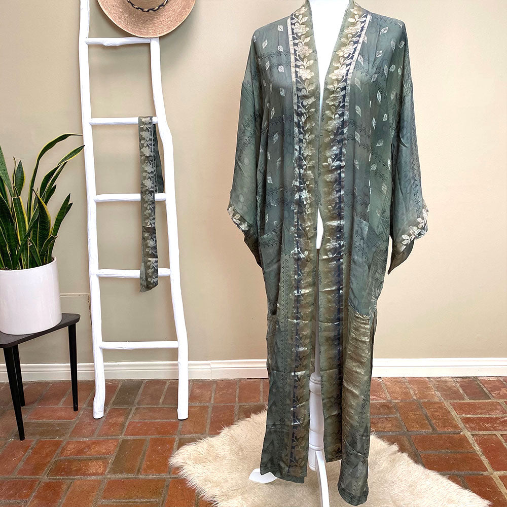 luxe vintage silk kimono - The Fox and the Mermaid