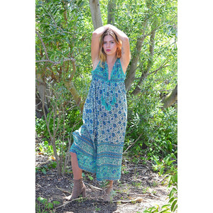 green boho style maxi dress the-fox-and-the-mermaid