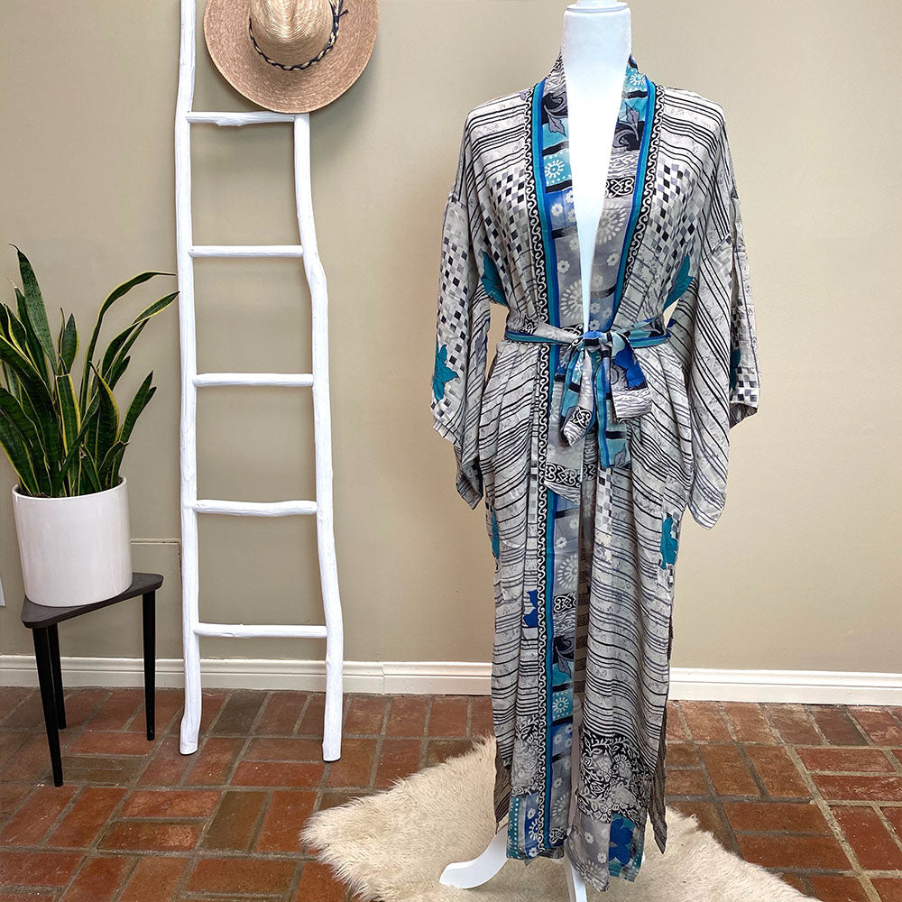 Blue vintage silk kimono - The Fox and the Mermaid