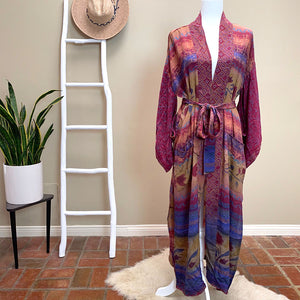 Pink and Blue Silk Crepe kimono - The Fox and the Mermaid