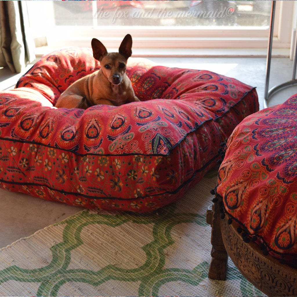 Sicilia Mandala Tapestry Dog Bed and Floor Cushion: Red and Black