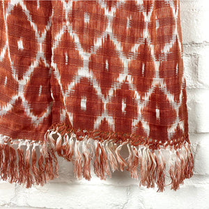 Fringe details on handwoven brown scarf - The Fox and the Mermaid