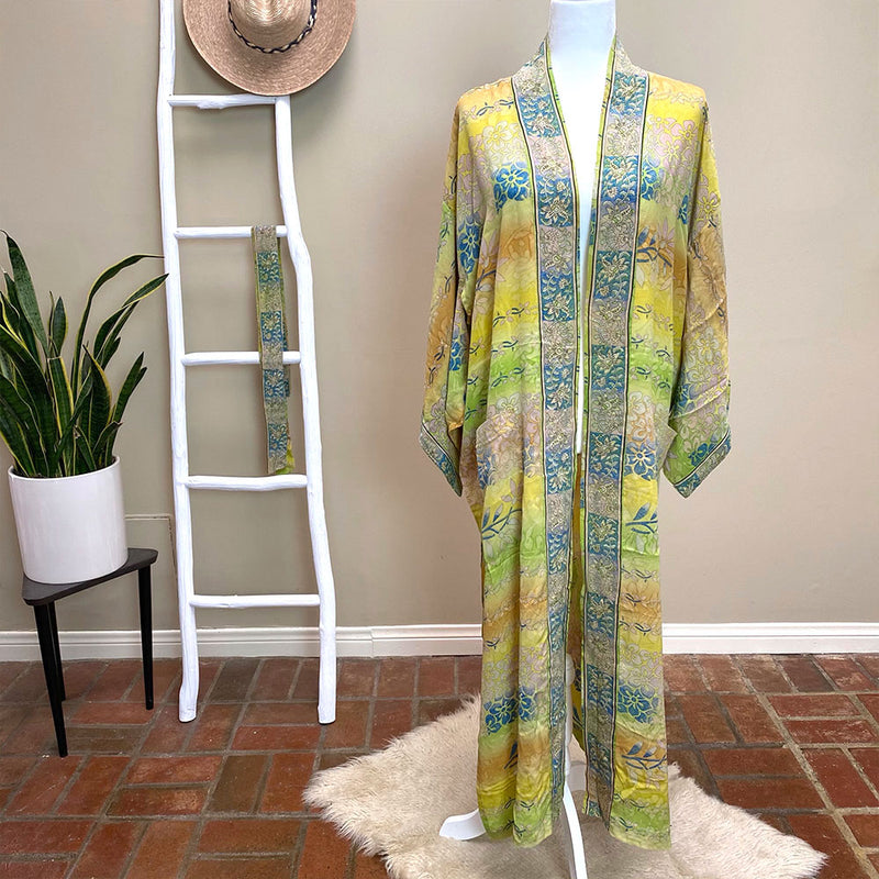 Yellow silk crepe vintage robe and kimono - The Fox and the Mermaid