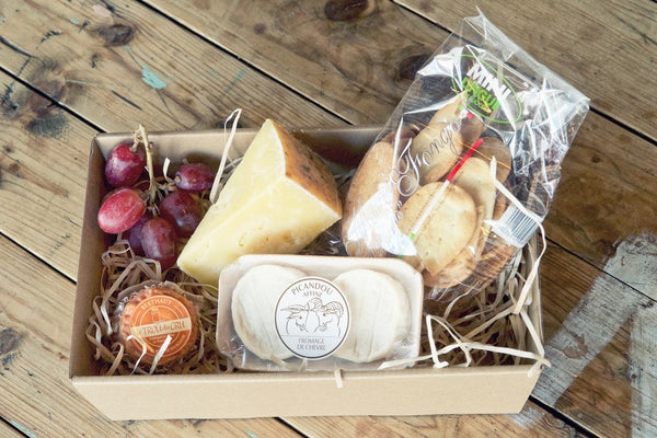 christmas cheese and wine hamper