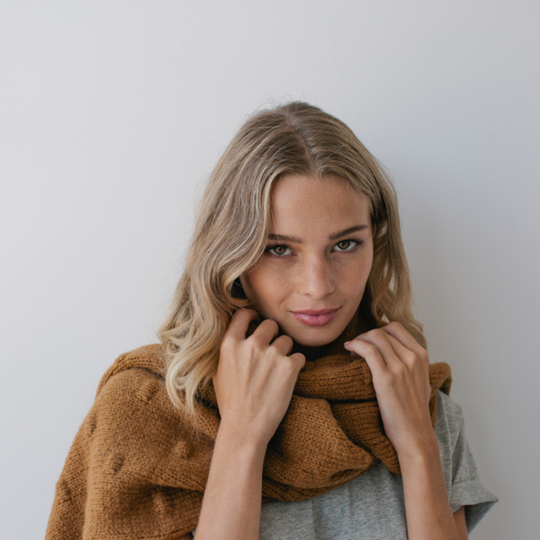 Sophie Store Bobble Knit Scarf Caramel