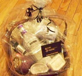 Lavender Spa  Gift Basket - Head Art Works