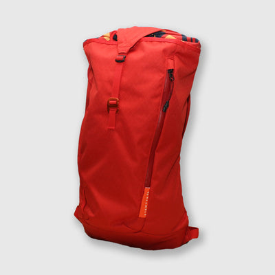 18L Daypack // Red Rock