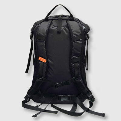 27L Alpine Commuter // Black and Grey