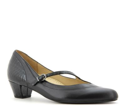 Violet Dress Shoe by Ziera