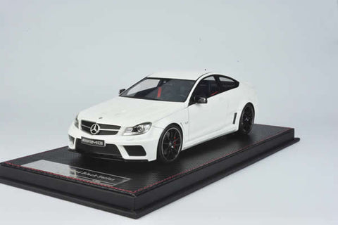 FrontiArt 1:18 Mercedes-Benz C63 AMG Black Series (White)
