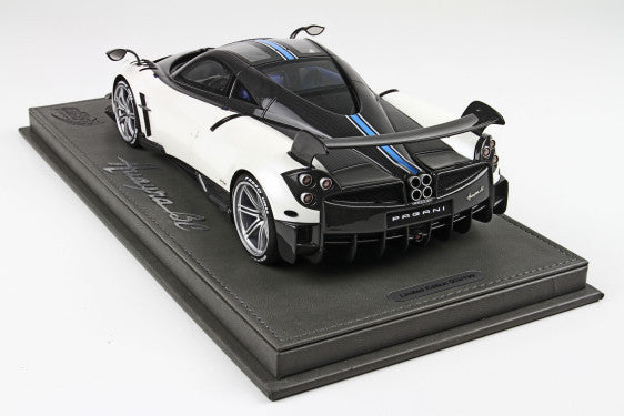 P18128BV BBR 1:18 Pagani Huayra BC (With Display Case)