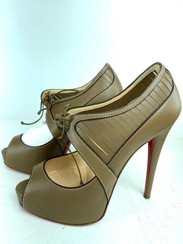 Christian Louboutin Instrumenta 120 Calf Grege Leather Grey-Beige 1loub630