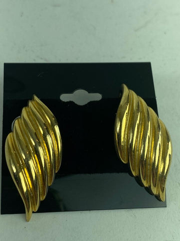 Other Gold Wing Earring Leaf 10misc612