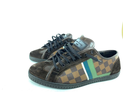 Louis Vuitton Classic Low Sneaker Men's 9.5 is 10lva71